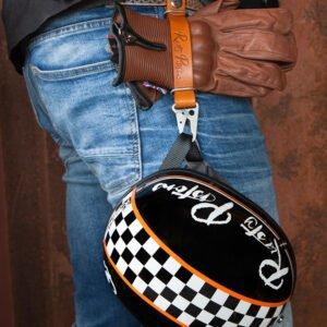 Llavero Porta casco y guantes